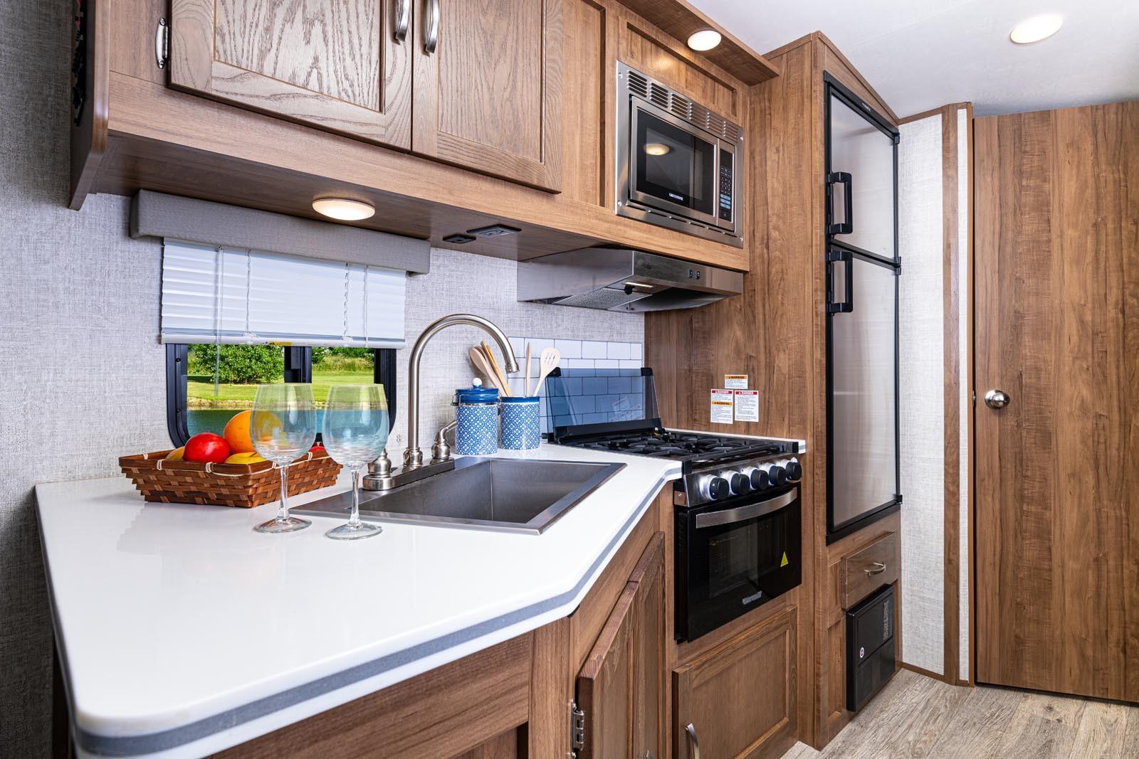21 23bhs vc kitchen
