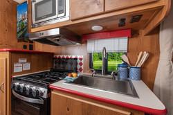 21 vn 19rbs crim kitchen