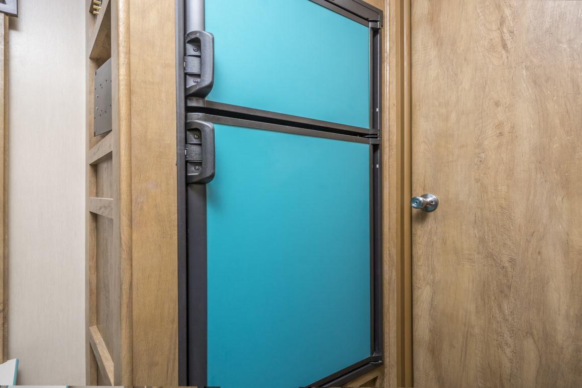 8412_vin23rssrefrigerator1email