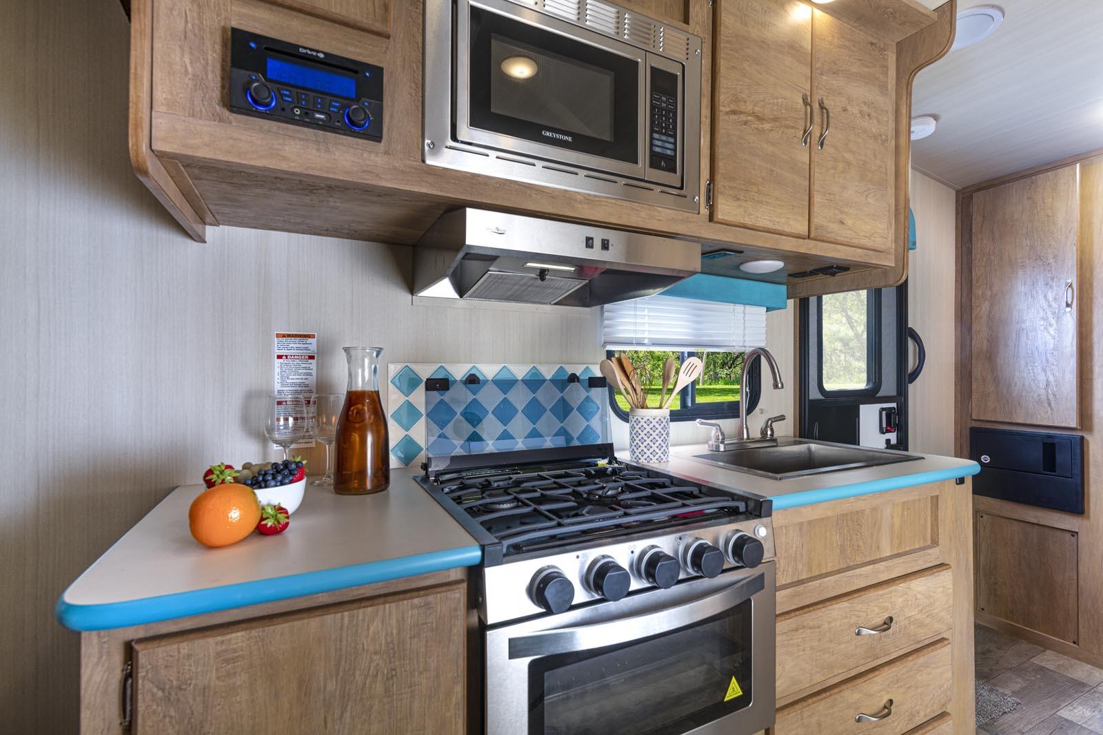 21 19csk turq kitchen
