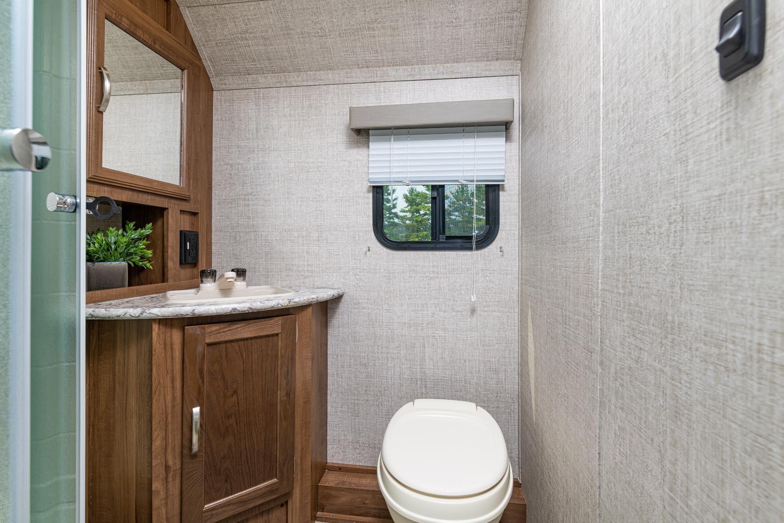 21 23bhs vc bathroom