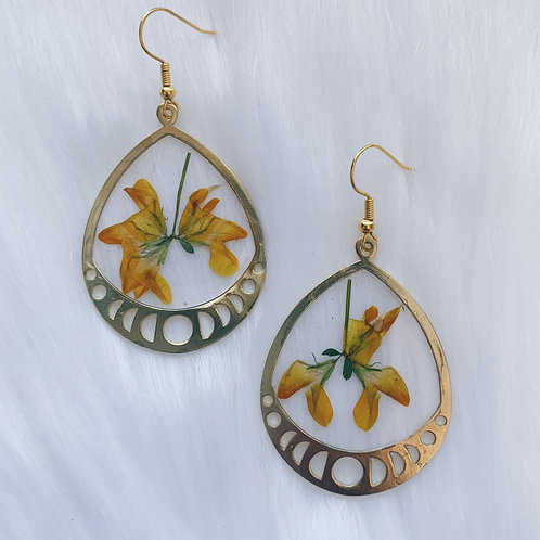 Yellow Flower Moon Phase Resin Earrings