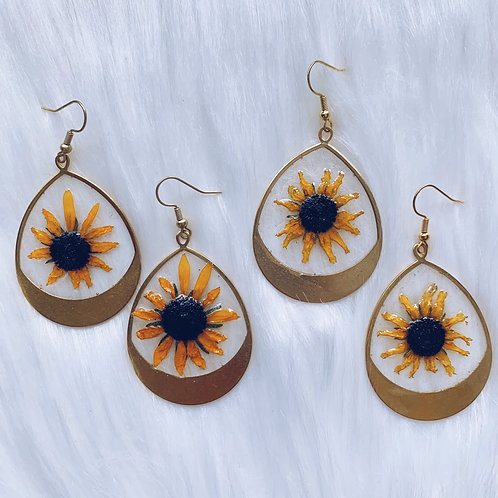 Yellow Daisy Resin Earrings