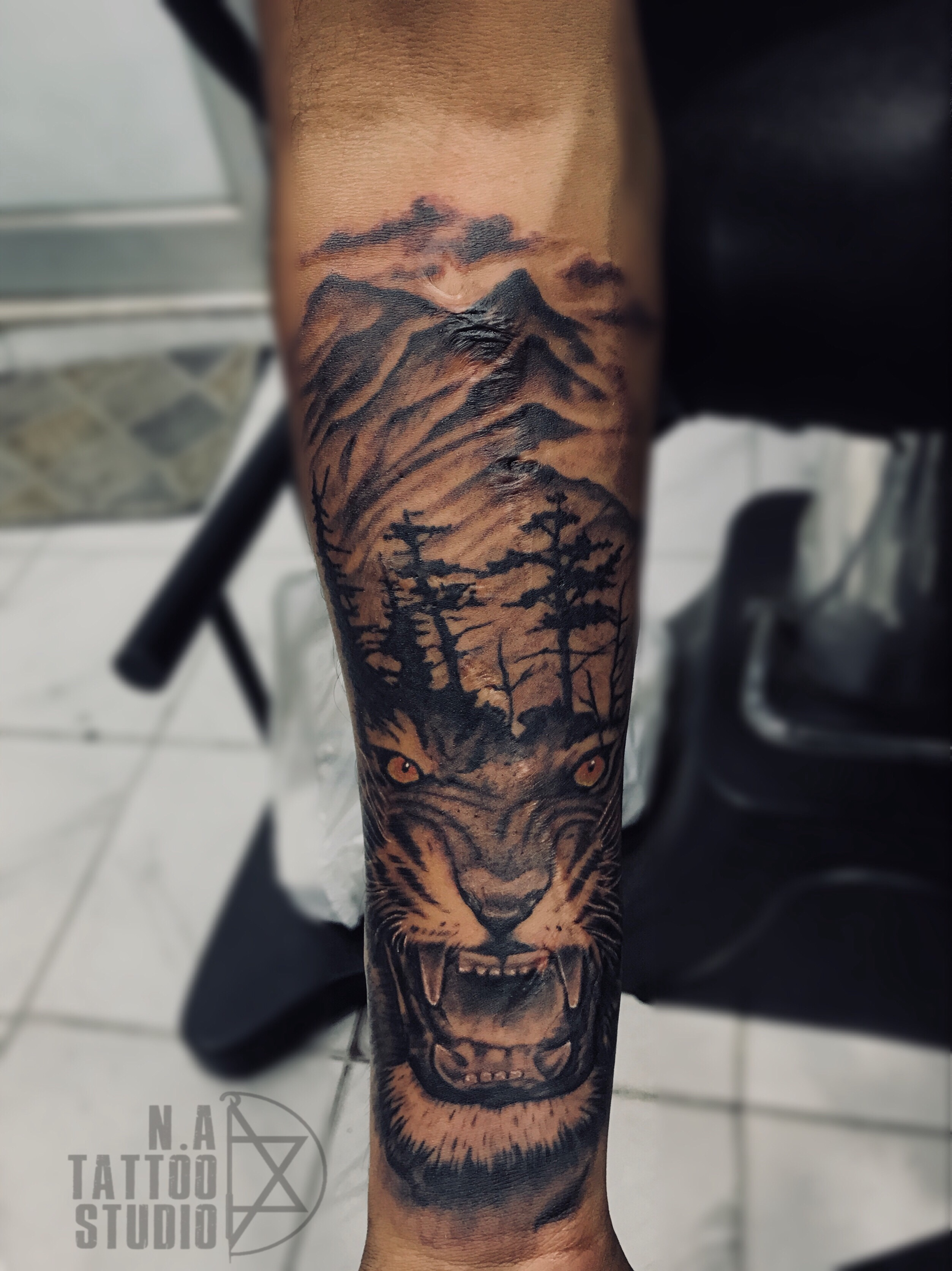 tiger-nature-tattoo