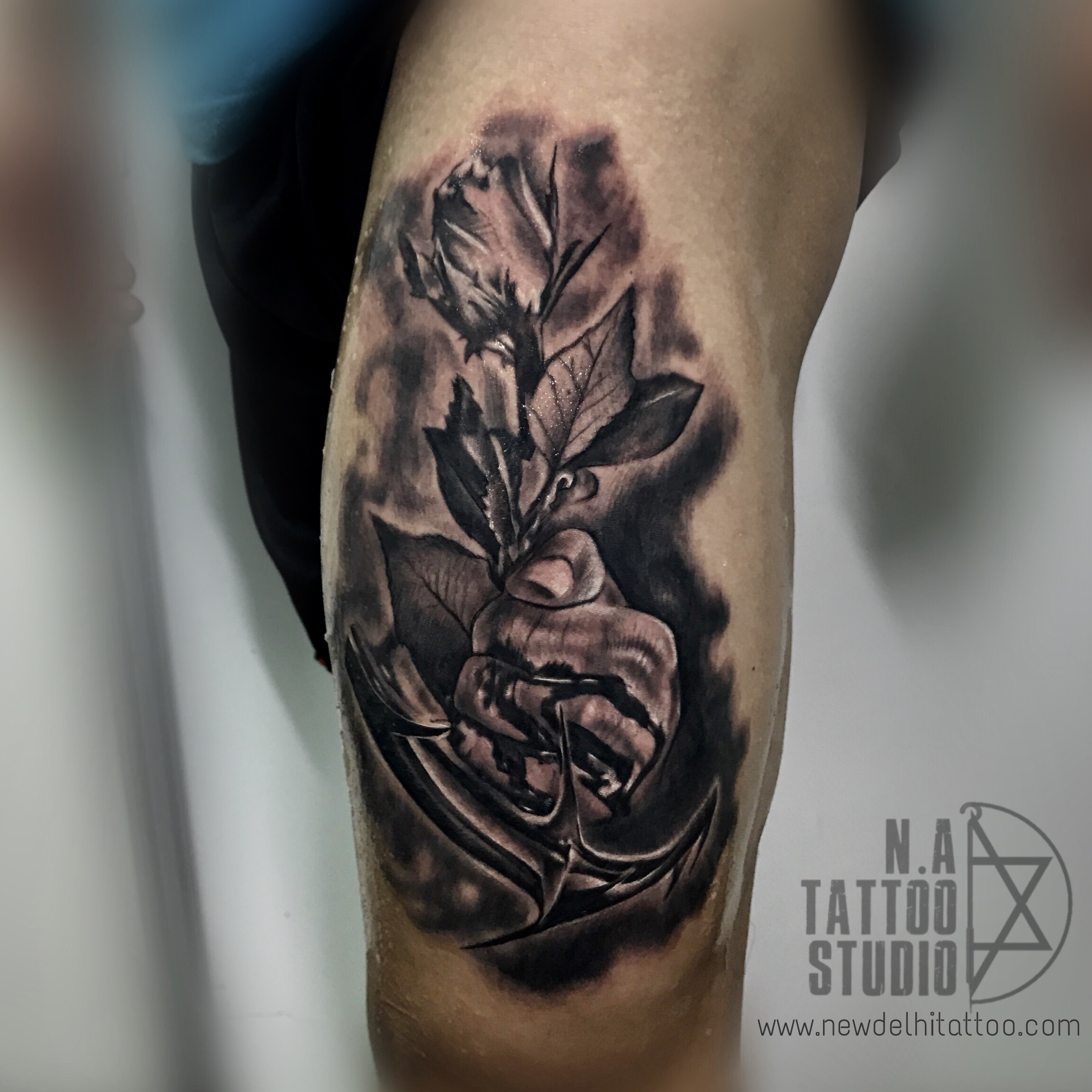 anchor-rose tattoo natattoostudio