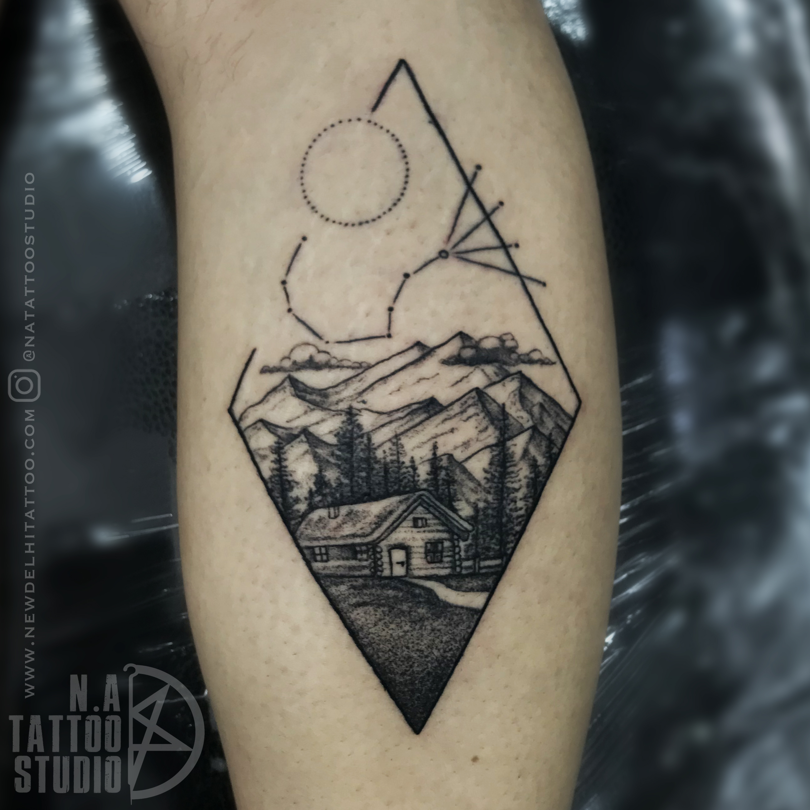 custom travel tattoo