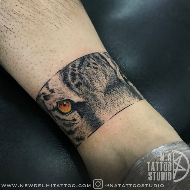 Tiger-armband-tattoo-by abhishek @natattoostudio new delhi