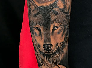 WOLF TATTOO DESIGN.jpg