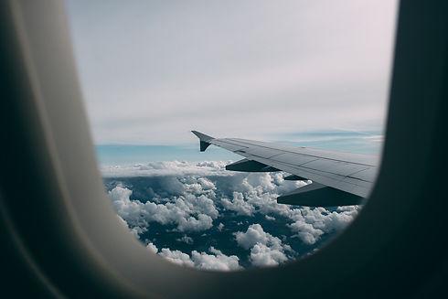 airplane-2619434_1920.jpg