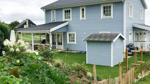 Schwedenhaus Gartenansicht