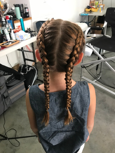 little girl braids.jpg