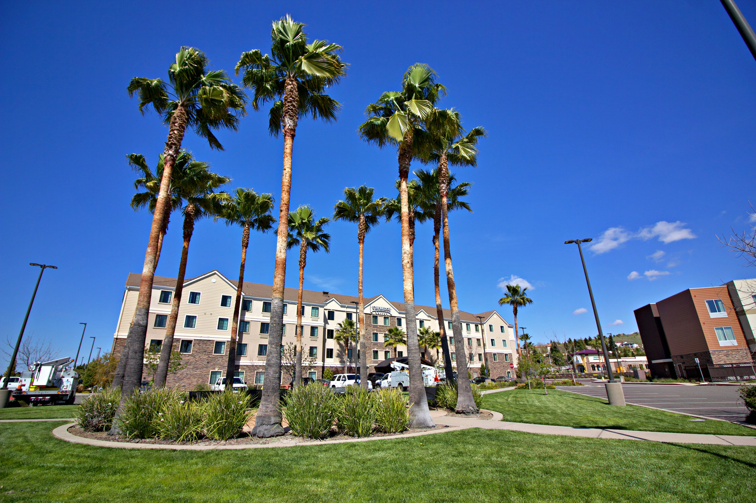 staybridge suites-folsom_3.jpg