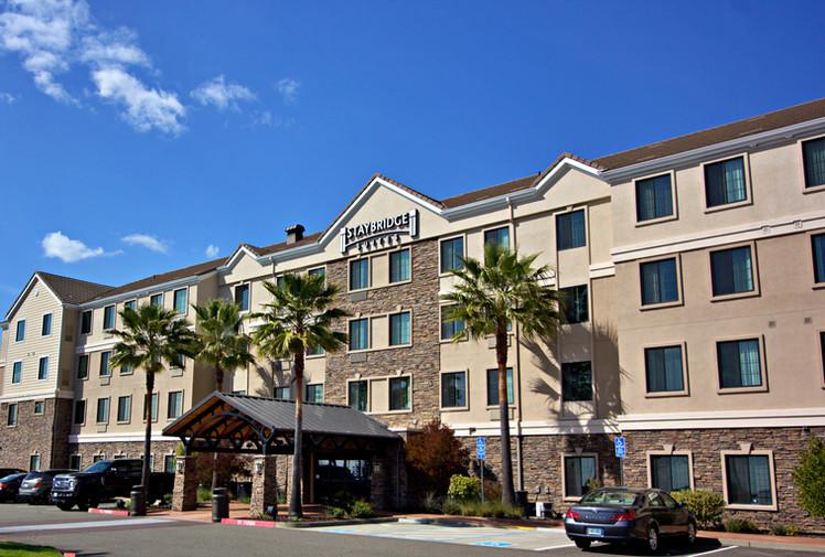 staybridge suites-folsom_2.jpg