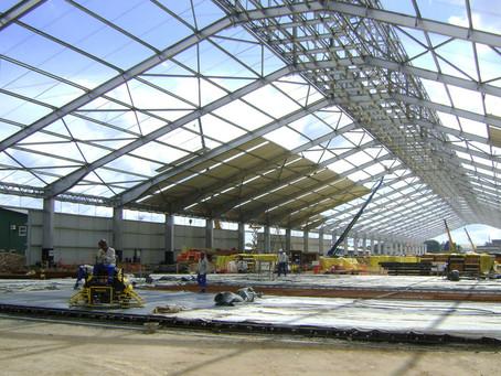 Estrutura metálica para Hangar