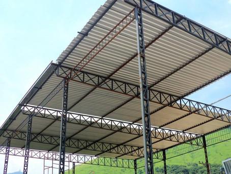 Estrutura metálica para telhados