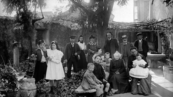 RETRATO FAMILIAR, 1910