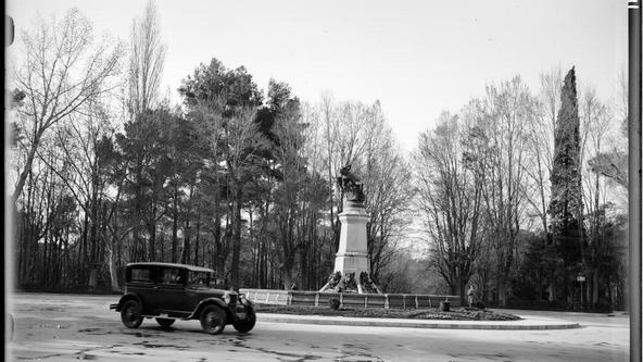 EL ÁNGEL CAÍDO, 1927-1933