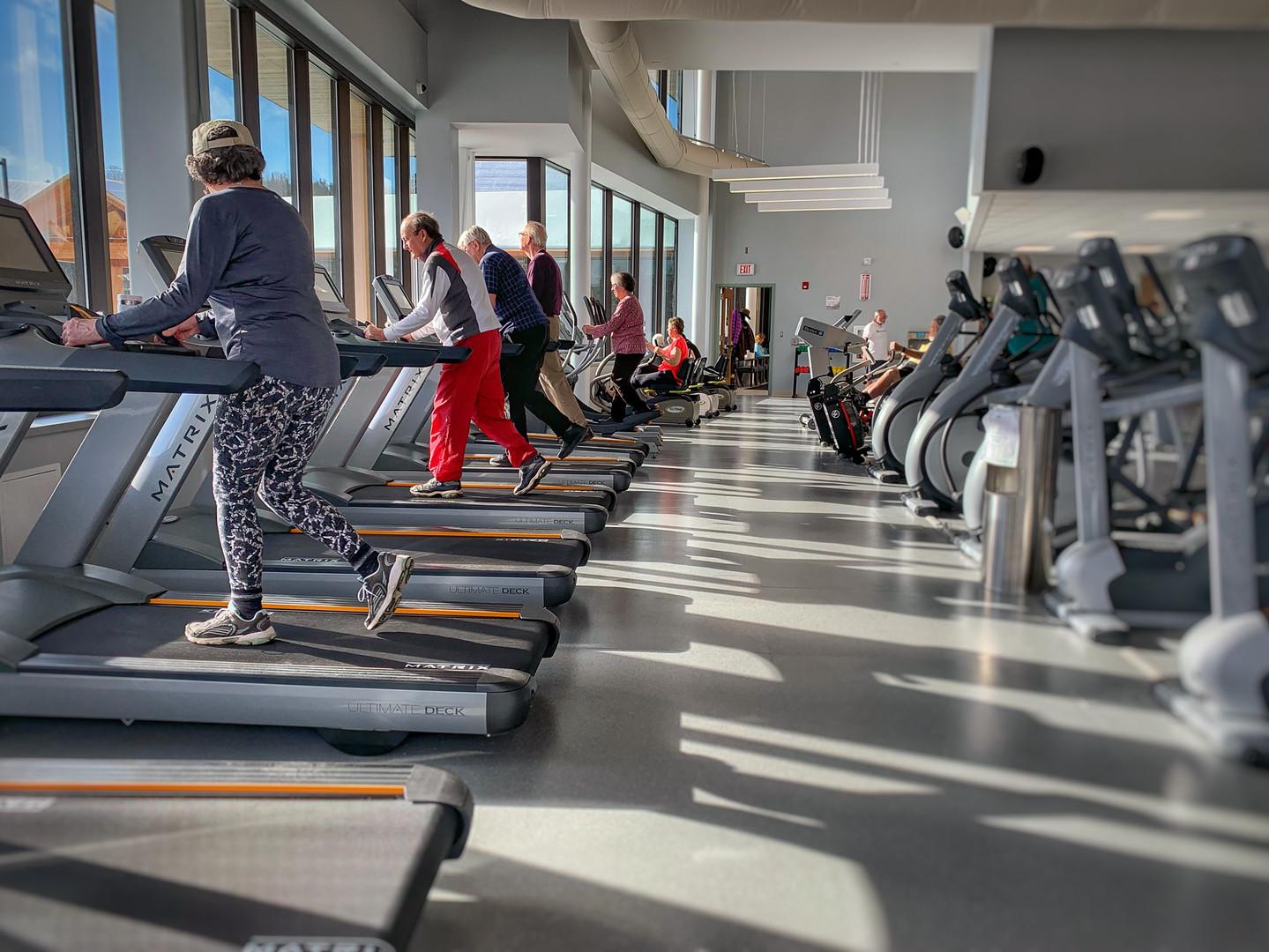 Spacious Fitness Floor