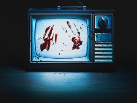 Bandidos na TV: Netflix investiga a mídia e a criminosa política brasileira