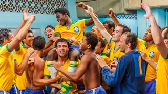 Pelé: O Nascimento de uma Lenda (2016), de Jeff e Michael Zimbalist