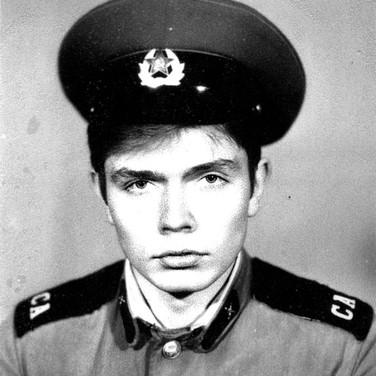 Александр Бобровский - армия