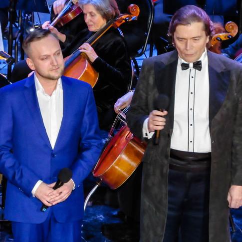 Евгений Вальц, Александр Бобровский