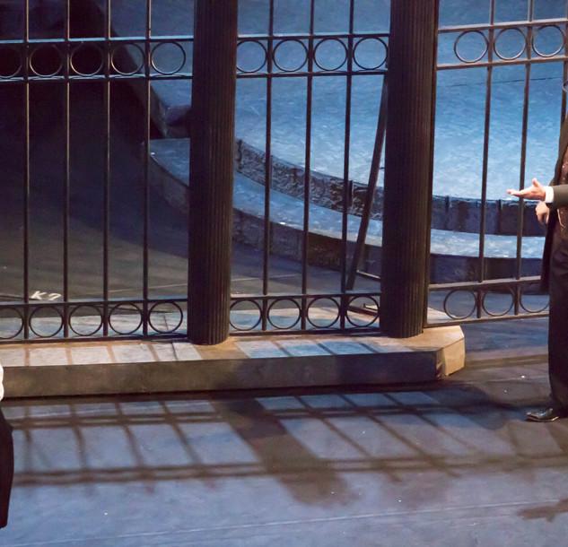 """Александр Бобровский в спектакле """"Странная история доктора Джекила и мистера Хайда"""""""