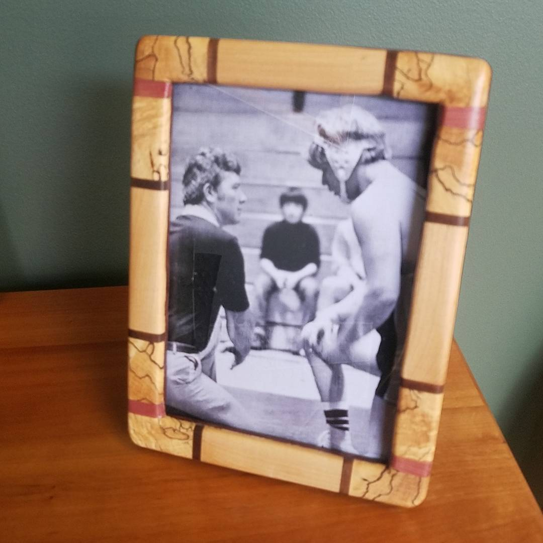 photo frame from reclaimed wood