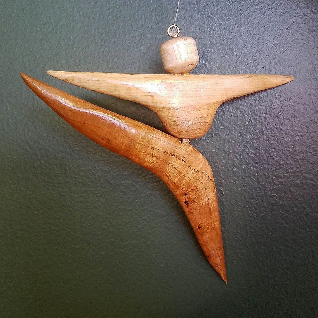 wood-dancer-ornament
