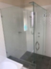 Frameless Showerscreen
