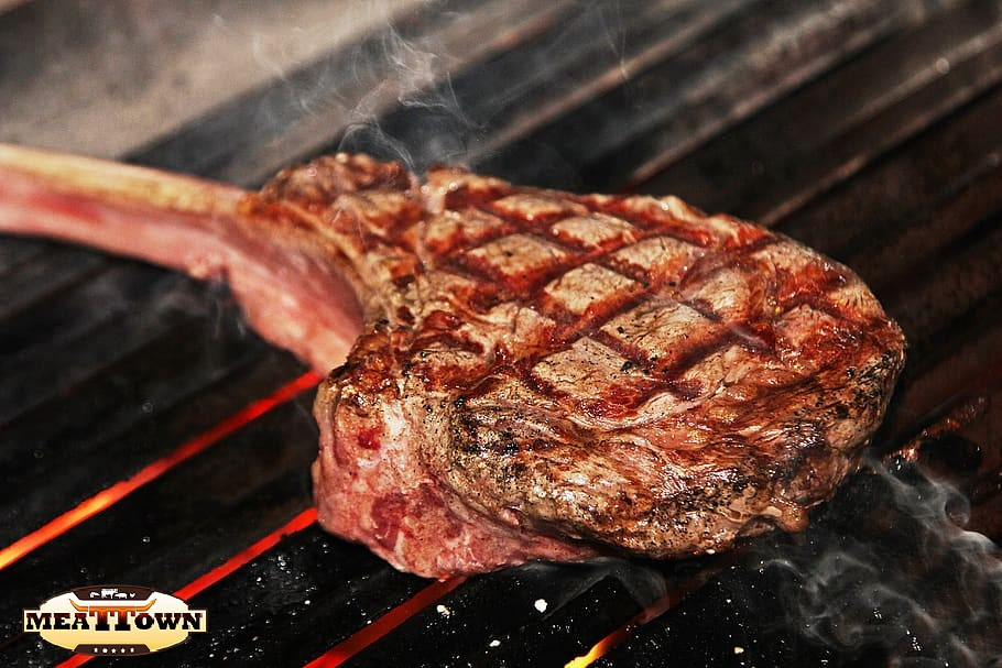 where to buy the best tomahawk in miami
