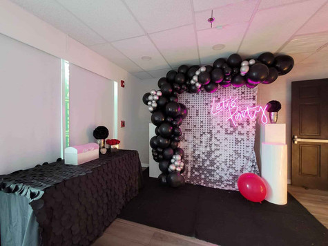 black balloon arch decoration sweet 16 party