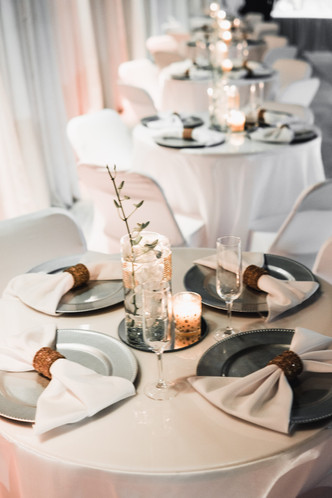 Banquet hall in miami with white decoration in Kendall Miami