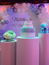 Cake in a pedestal in a party venue in Kendall Miami