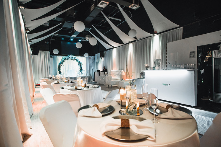 wedding hall in kendall with white decoration in Kendall Miami