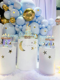 blue balloon decoration for baby shower in miami