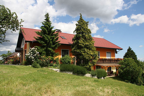 Gästehaus-Haus_1239-web.jpg