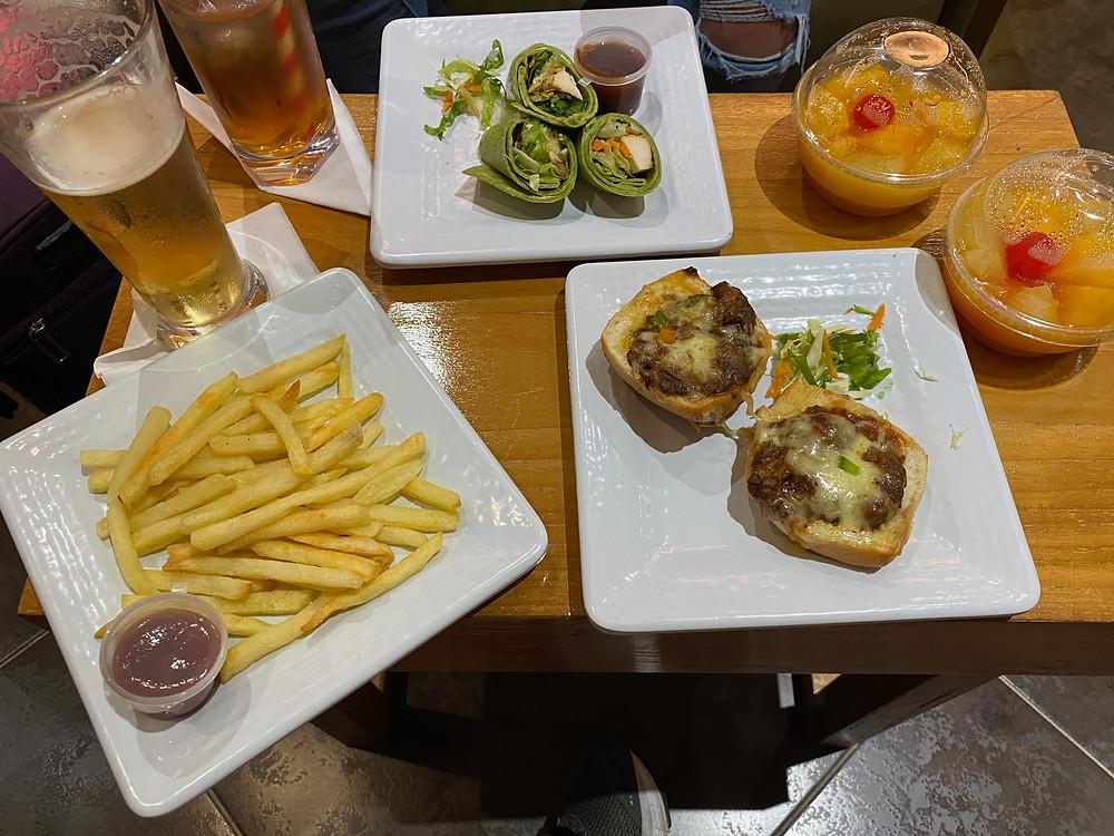 Club MoBay Food