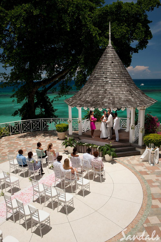 Wedding at Sandals