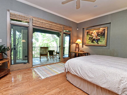 Falls_House_Interior_Bedroom.jpg
