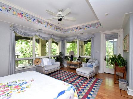 Cypress_House_Interior_Downstairs_Bedroo.jpg