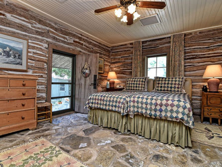 Sunday_House_Interior_Beds.jpg