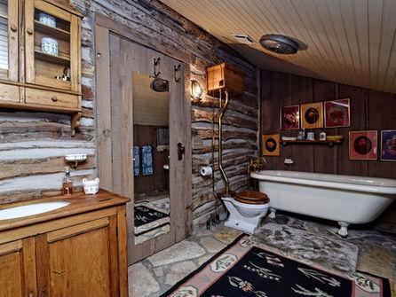 Sunday_House_Interior_Bathroom.jpg