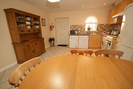 Homestead-kitchen-3