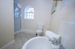 Grooms-shower-room