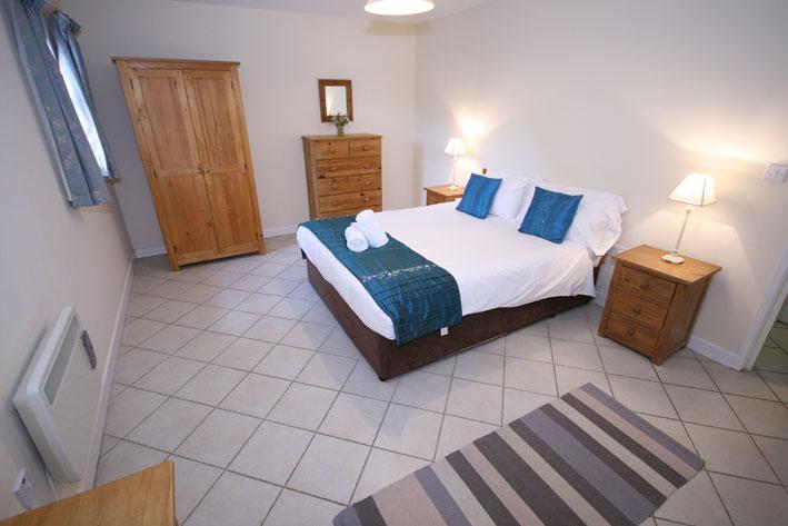 Town-End-bedroom-b