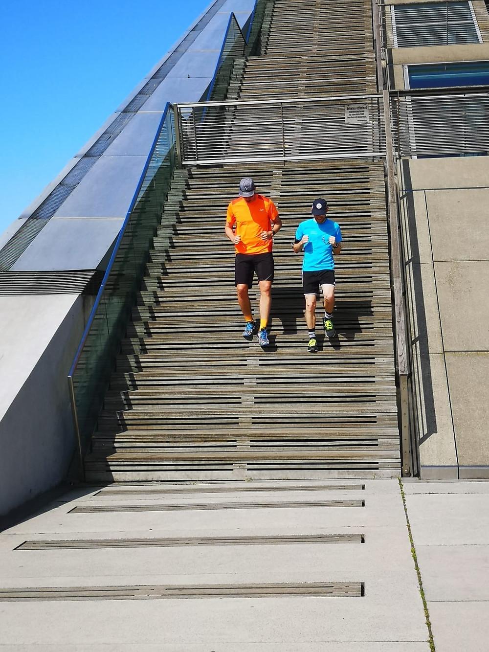 Patrick und Pascal laufen einen virtuellen Marathon