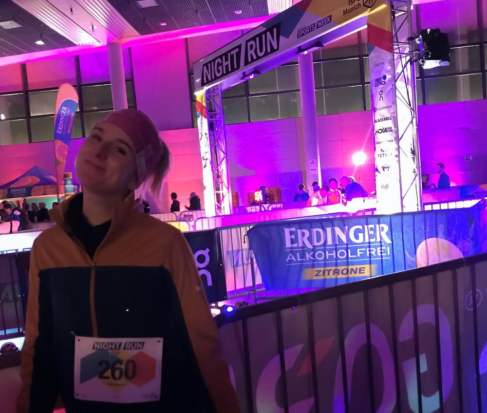 Nele vor dem ISPO Night Run 2020 in der kleinen Olympiahalle