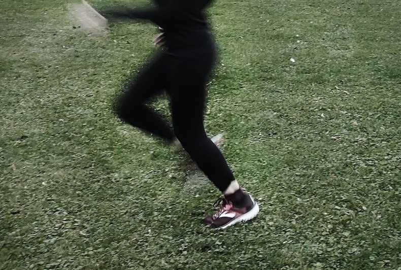 muskelfaserriss-laufen-verletzung