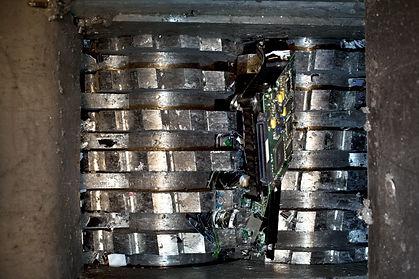 Hard drive crusher shredder used for sen